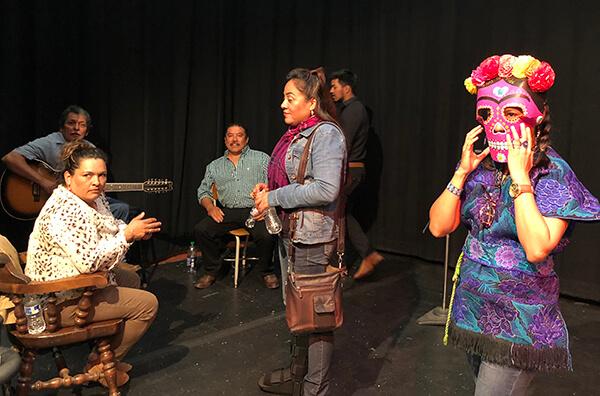 Noche De Cuentos event on stage